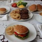 Ev Yapımı Hamburger Tarifi